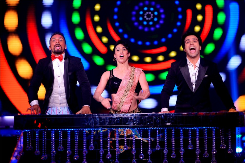 Rithwik Dhanjani with Lauren nd Puneet on the sets of Jhalak2