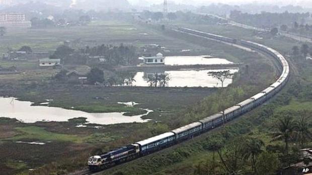 150410104202_indian_railway_624x351_ap_nocredit