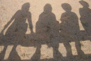 l_child-gang-1461737546